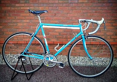 BOTTOM BRACKET SET Bicycle RETRO VINTAGE MENS /& LADIES ROAD BIKES BB